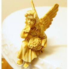 Angel sitting (Tan)