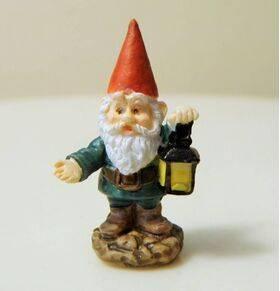 Garden Gnome Lantern-red hat