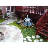 O scale model fountain