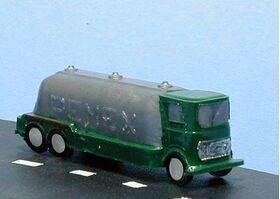 TRUCK-GAS 1:100 1PC
