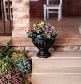 FLOWER POT BLACK w/FLOWERS POTF-48BK